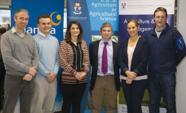 €2,000 in bursaries for Ag/Ag Science placement