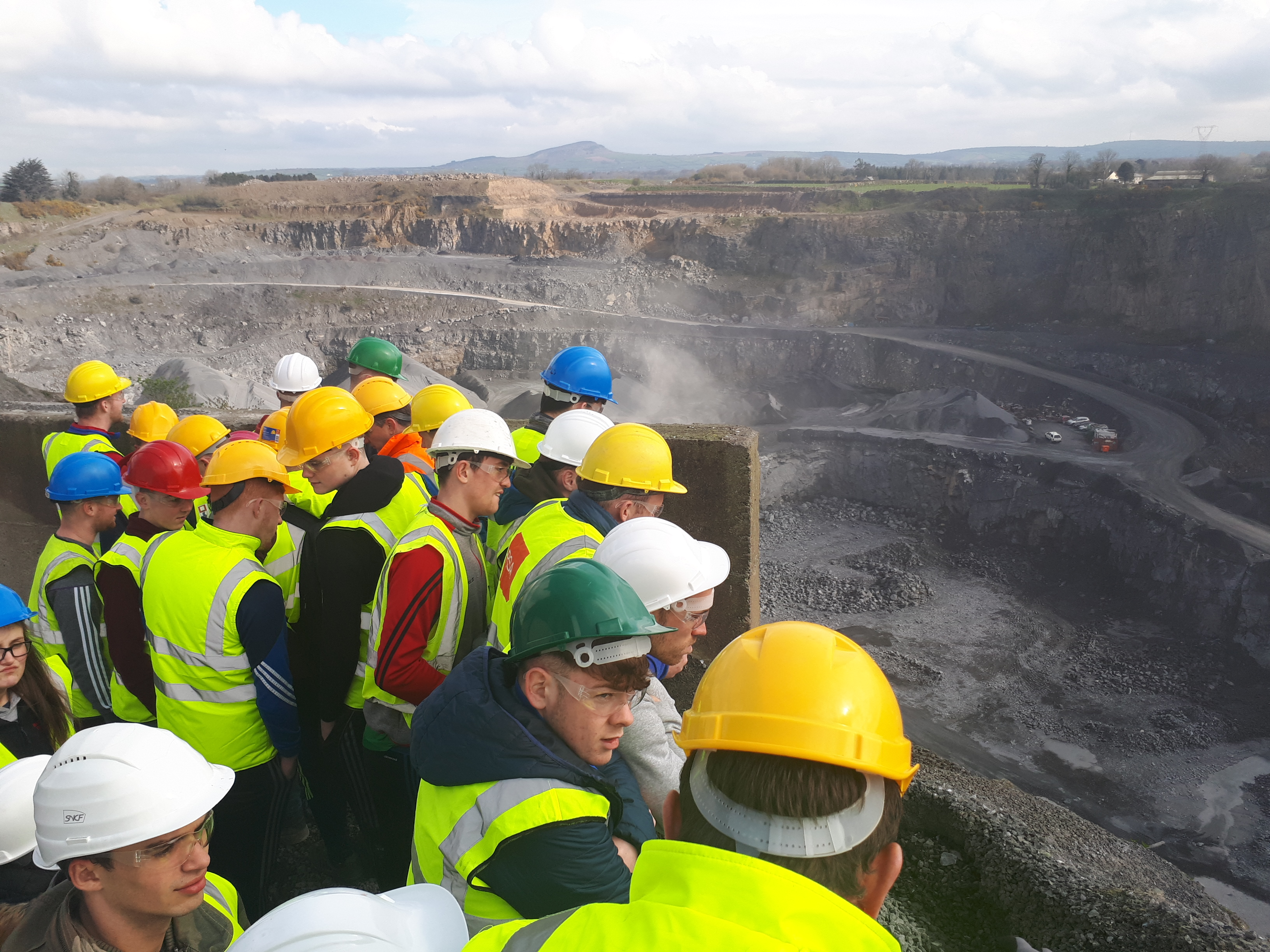Students from BSc (Hons) in Construction Management Engineering and BSc (Hons) in Quantity Surveying Year 1 visited the CRH Roadstone Kilmacow Quarry