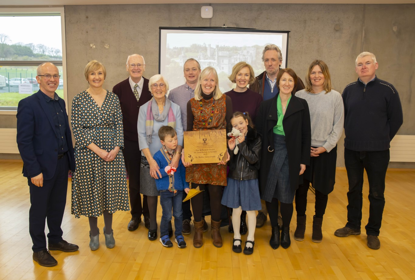 In centre is Sinead O'Connell, award recipient on behalf of Dr Matteo Sottocornola, their children Niamh and Sean and the O'Connell family, with Dr Peter McLoughlin, Head of School of Science and Tom Kent, Programme Leader BSc in Forestry.