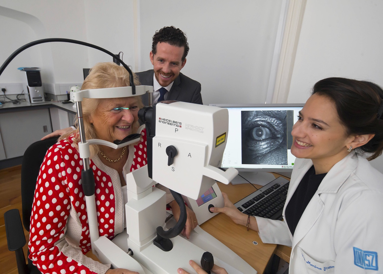 Dr Marina Green-Gomez and Prof John M. Nolan, from the Nutrition Research Centre Ireland, School of Health Science, Waterford Institute of Technology in Ireland during a patient examination with the investigational SPECTRALIS Macular Pigment Optical Volume* (MPOV).