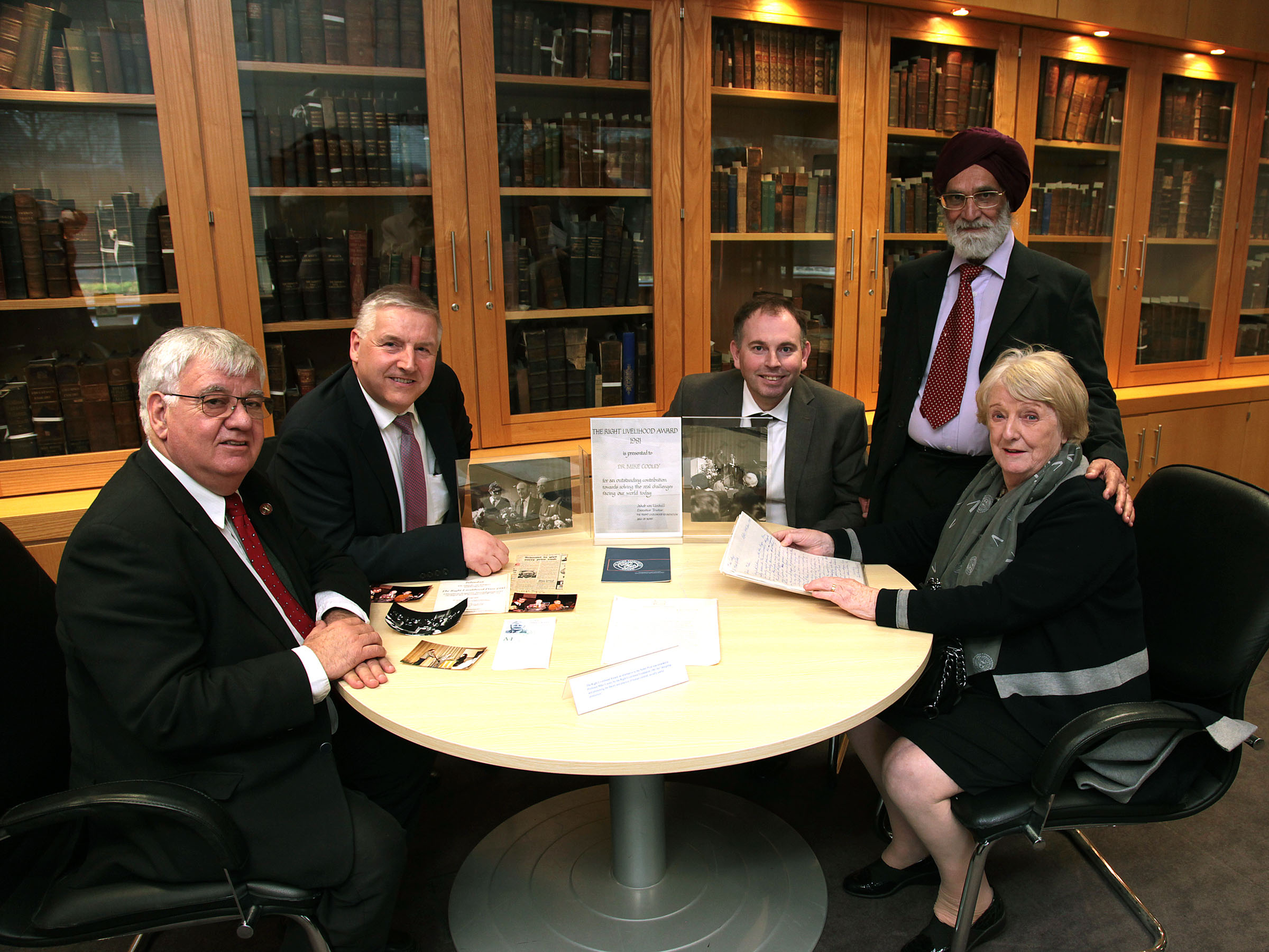 Pictured from left are: Professor Petros Groumpos, University of Patras, Greece; Dr. Larry Stapleton, INSYTE, School of Science and Computing; Kieran Cronin, Librarian, Luke Wadding Library; Professor Karamjit Gill, Editor-in-Chief, Artificial Intelligence and Society; Mabel Kidney, sister of Prof Mike Cooley