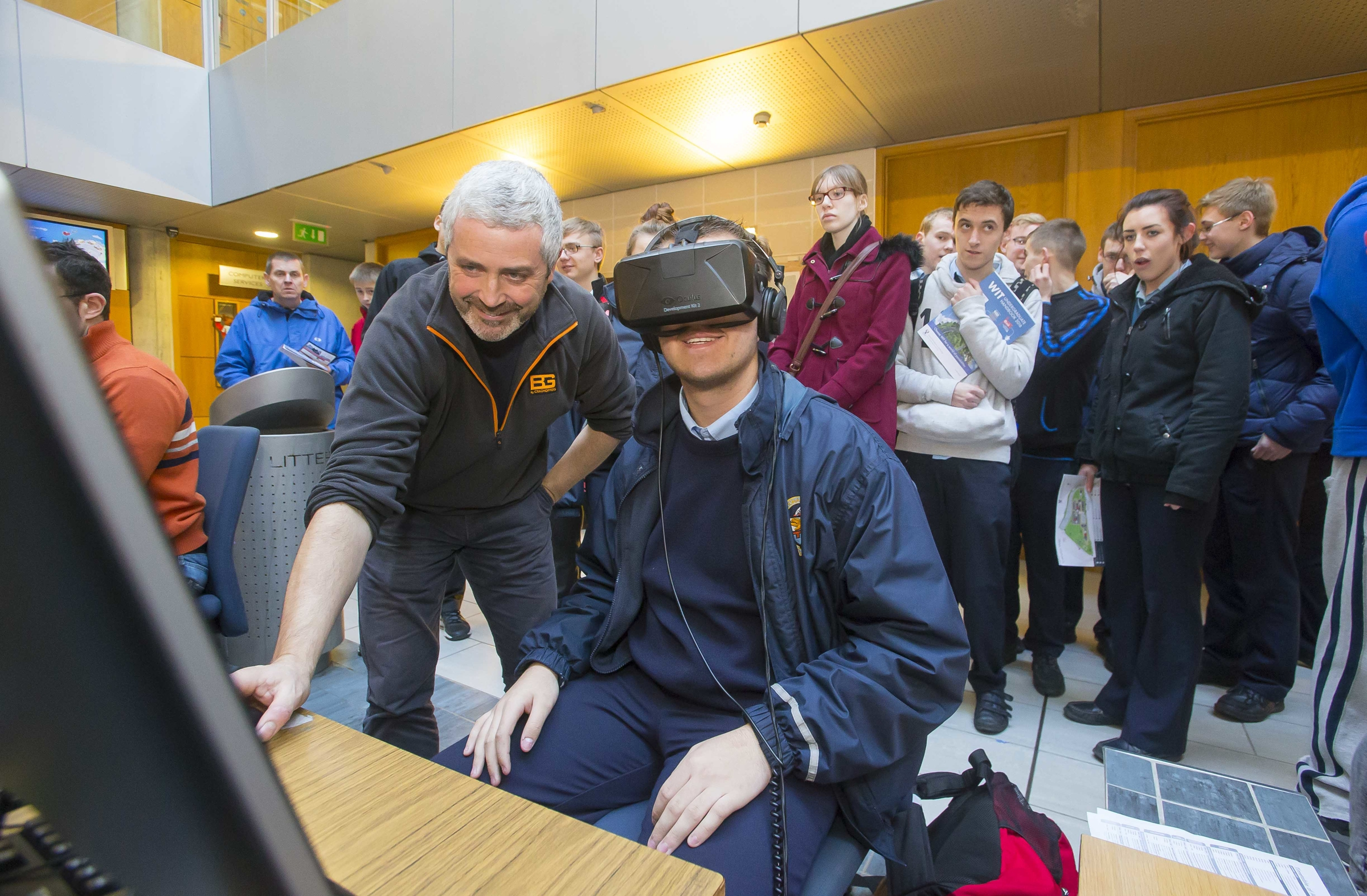 A student tries out VR (Virtual Reality) as part of 2015 Schools' Open Day