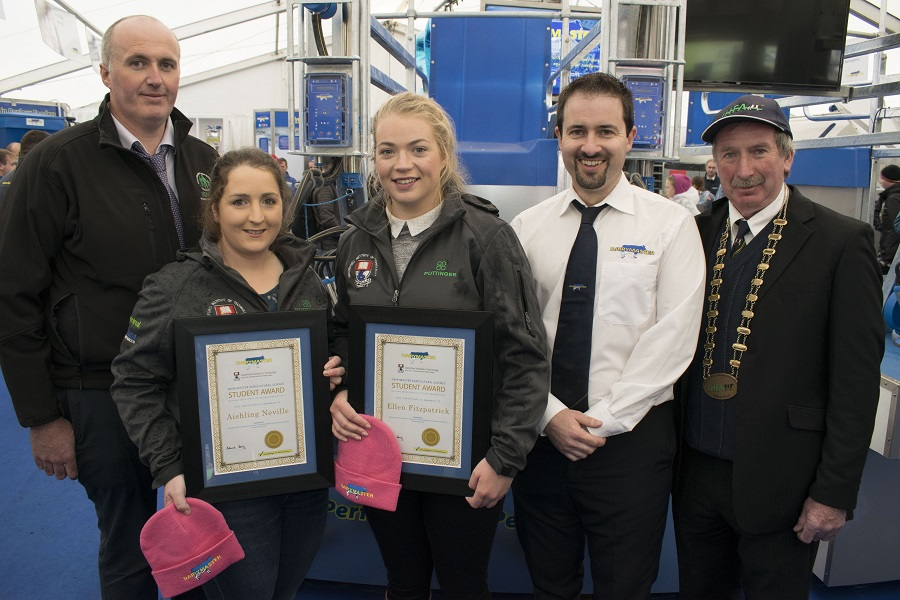 Pictured L2R on the busy Dairymaster stand at Ploughing 18 are Pat McCormack, ICMSA President, Aisling Neville and Ellen Fitzpatrick, John Harty, Operations Director Dairymaster and Peter Kenneally, IHFA President