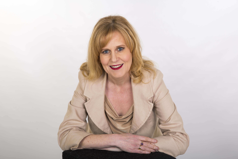 Lowry-O'Neill, Catherine